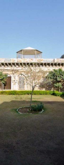 Dadhikar Fort, India