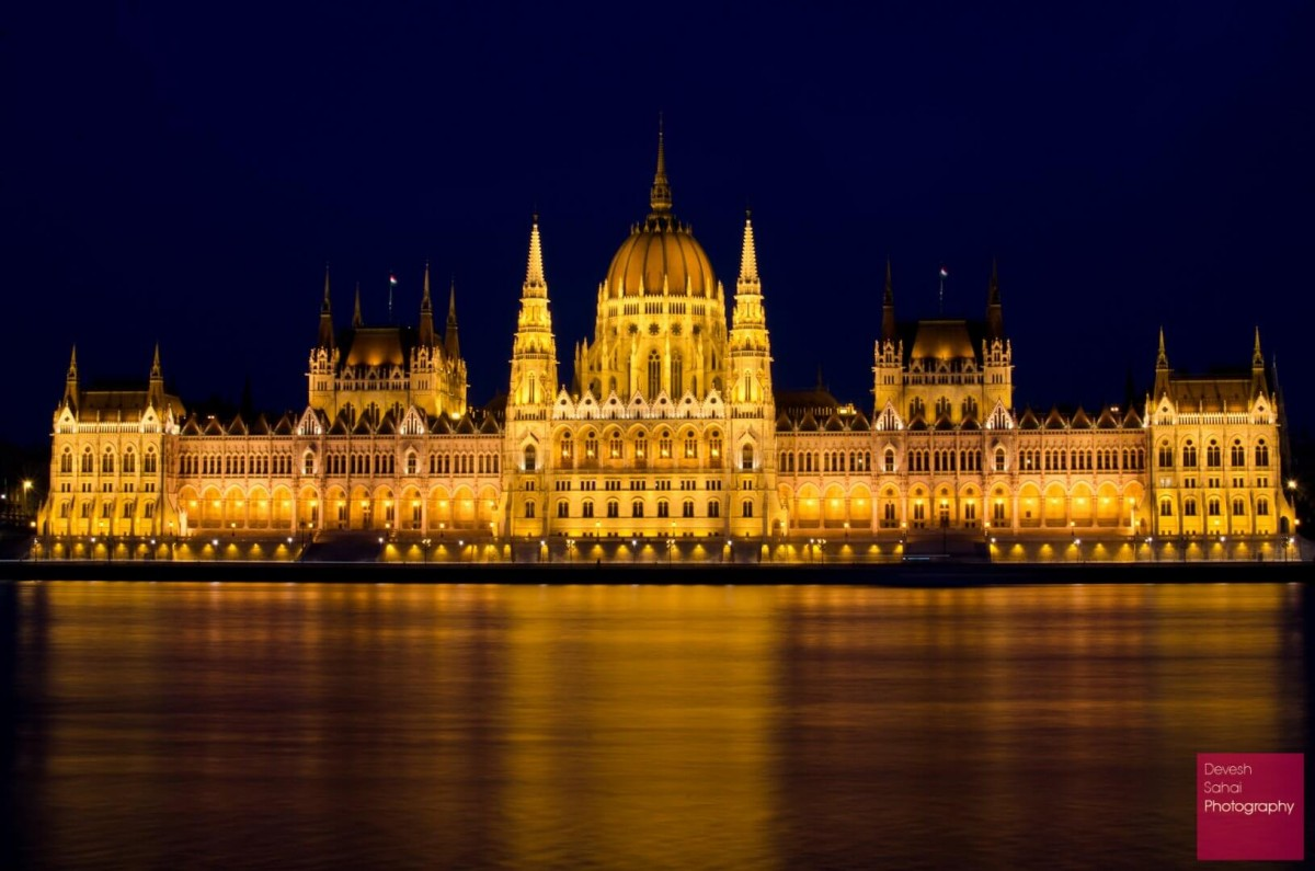 hungary parliament building