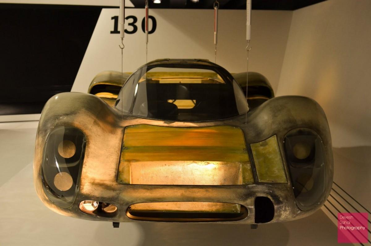 mercedes benz porsche two awesome car museums in stuttgart. Black Bedroom Furniture Sets. Home Design Ideas