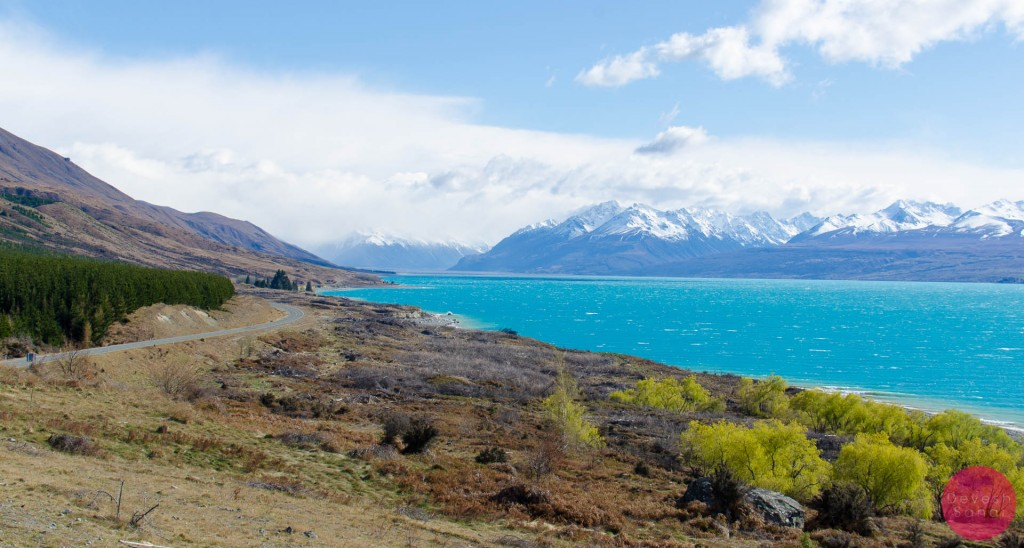 Mt Cook behind Lake Pukaki