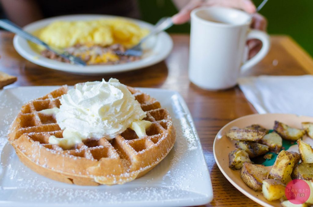 Breakfast of champions at Cafe Haleiwa, Oahu
