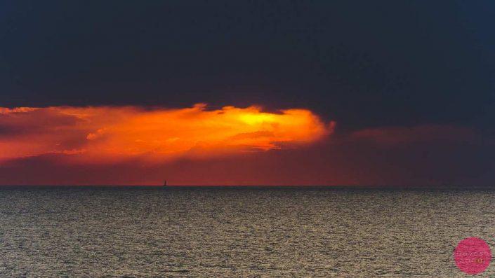 sunset lof delfines menorca