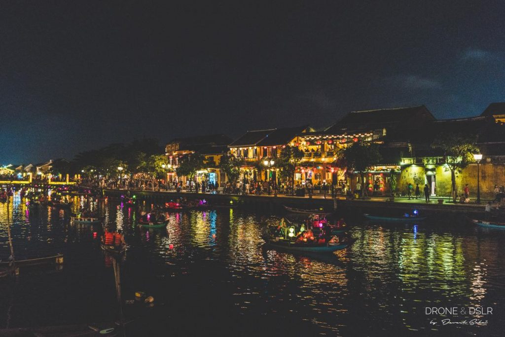 hoi an old town boat night