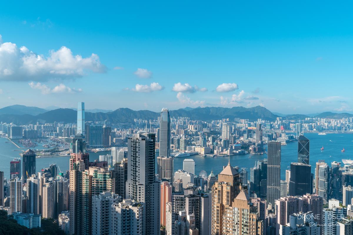 hong kong skyline view victoria peak